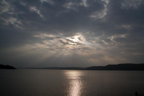 今日は網走湖に天使の梯子がいっぱいでした