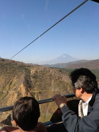 2011.11.4.富士山も見えた 320x