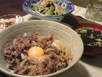 Apr13_ピリ辛牛丼