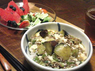 Aug12_マーボー豆腐丼