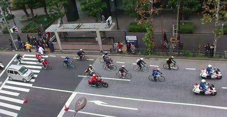 自転車が34台も