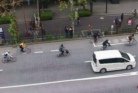 こんな自転車も