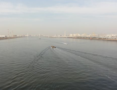 荒川河口を渡る