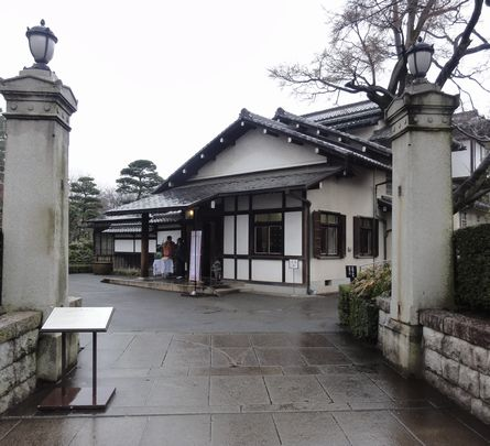 三井邸の門