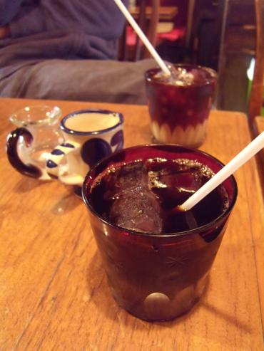 アイスコーヒーは切子グラスで