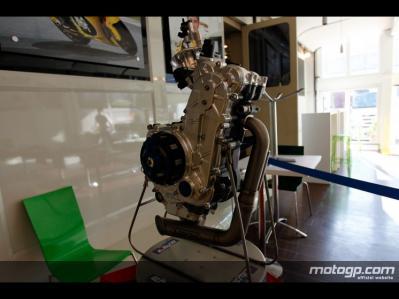 moto3_motor-2_slideshow.jpg