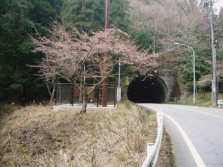 城東トンネル