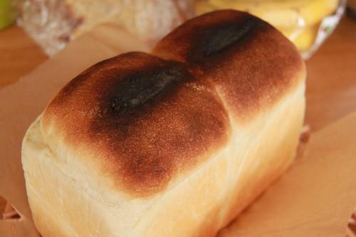 28焦げパン0001