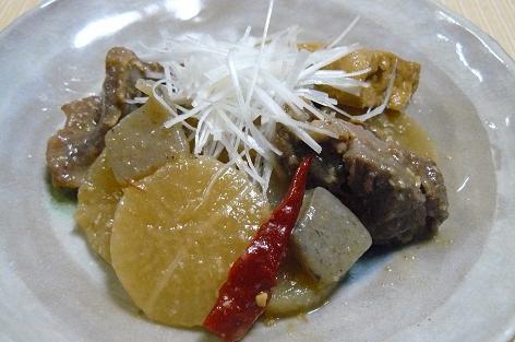 牛スジと大根の味噌煮