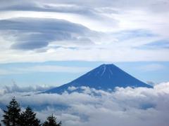 雲がきれて富士山がでた!