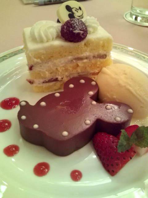 ミッキーケーキ
