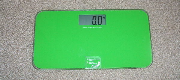 デジタル体重計 (T▽T*)