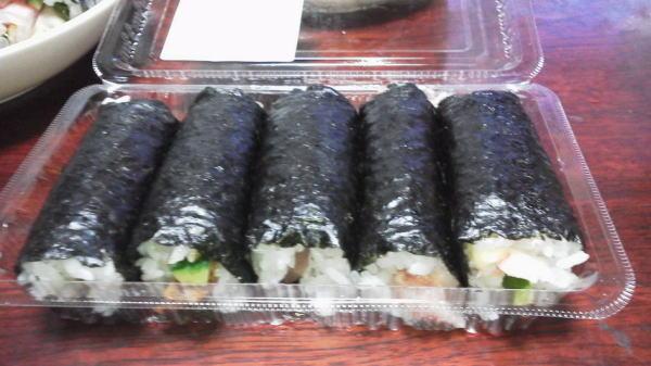 巻き寿司 ^^
