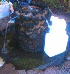 護摩屋敷の水2