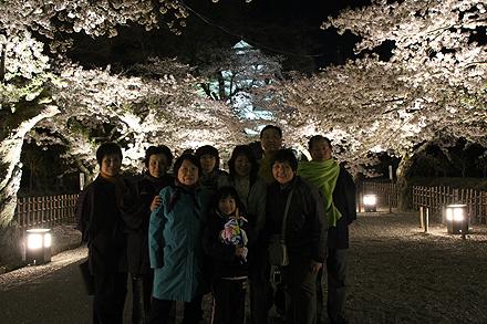 鶴ヶ城夜桜2011 4 29 018
