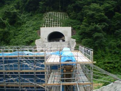 能越道トンネル1_convert_20090811174707