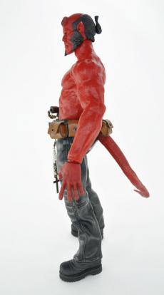 ht-hellboy-25.jpg