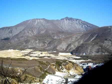 登って来た大船山を振返るCIMG0204