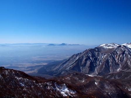 大船山山頂から遠望に阿蘇山P2213135