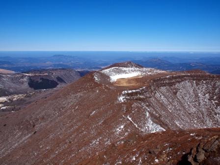 大船山山頂から段原方面P2213141