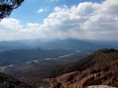第一展望石の上から耶馬溪方面P3253253