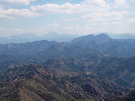 山頂から 由布岳P3253320