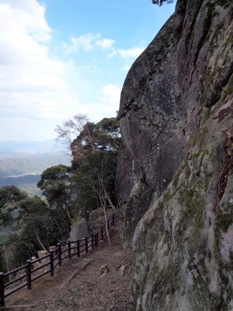 巨石群 側面からP3253430