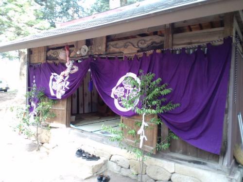 吉瀬諏訪社