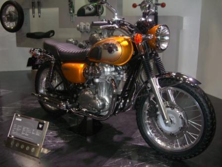 2011東京モーターショー W800