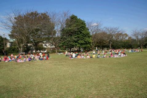 DSC04523公園昼食