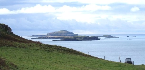 Treshnish-Isles-from-Mull.jpg