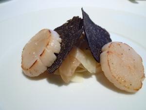 神戸ライフ:北海道産帆立貝 トリュフと柑橘類の香り :P1000897_convert_20110419155948