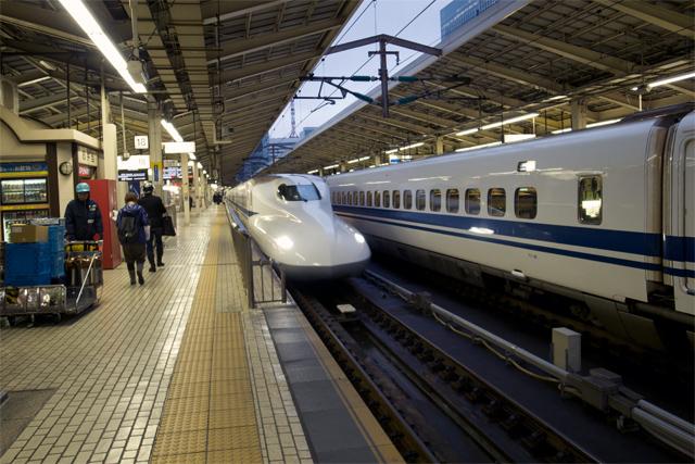 111209_001_新幹線