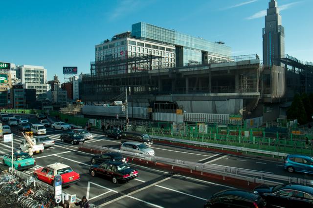 111228_002_新宿駅南口