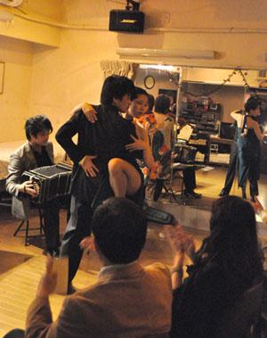 ダンスToshi & Aiko