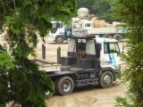 石の運搬用、大きなトラック、