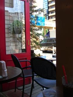 pourcafe2.jpg