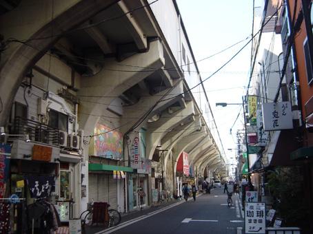 浅草橋駅高架下01
