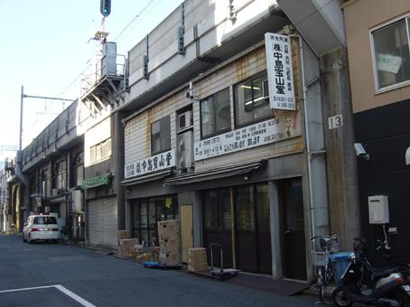 浅草橋駅高架下03