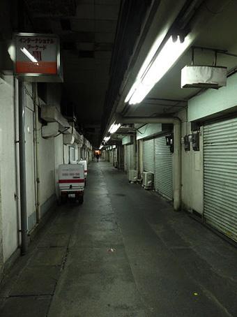 西銀座JRセンター05