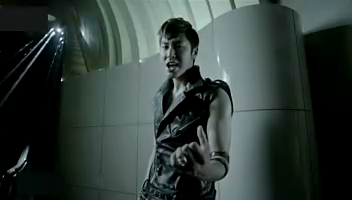 TVXQ ( 東方神起 ) - SS (#49800;#54140;#49828;#53440;) FULL MV.mp4_000212379