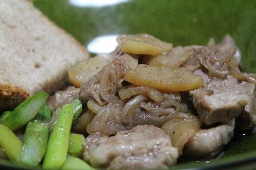 林檎と豚のバルサミコ煮 2