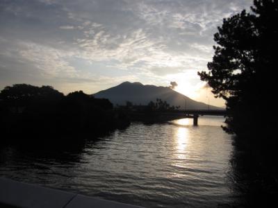 朝日の桜島