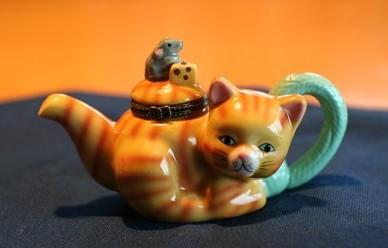 陶器猫ちゃん