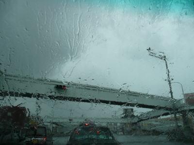 ゲリラ雷雨