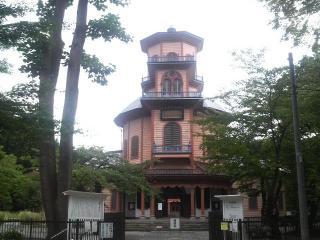旧済生館外観