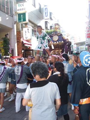 熊野神社のお神輿1