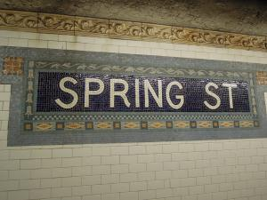 スプリング駅