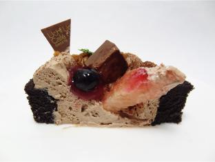 チョコのデコロールケーキ3