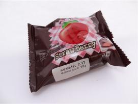 チロルチョコパン ストロベトロベリー1